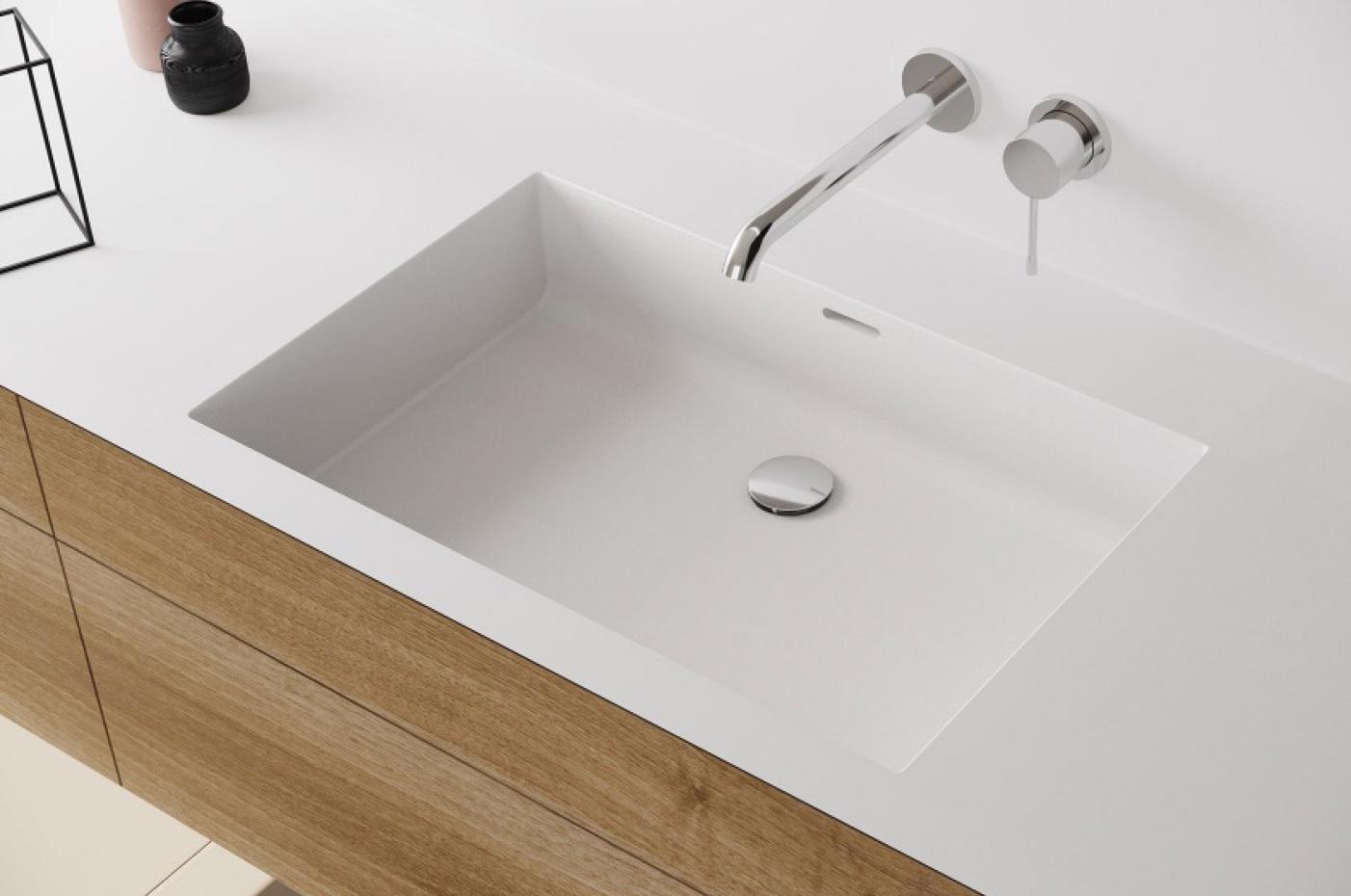 Komposiittialtaat voidaan liittää saumattomasti komposiittitasoihin, jolloin ne tarjoavat hygieenisen ja helppohoitoisen kokonaisuuden. Altaan muodon, koon ja sijainnin tasossa voi valita toiveiden mukaan.